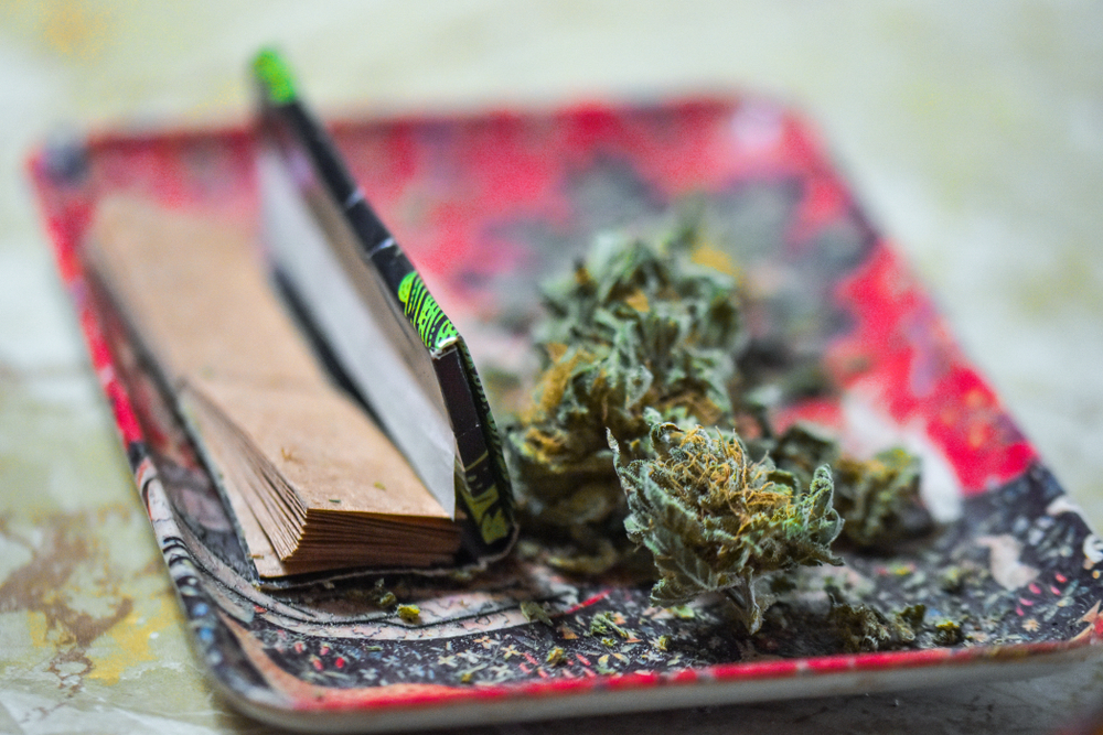Rolling tray and flower
